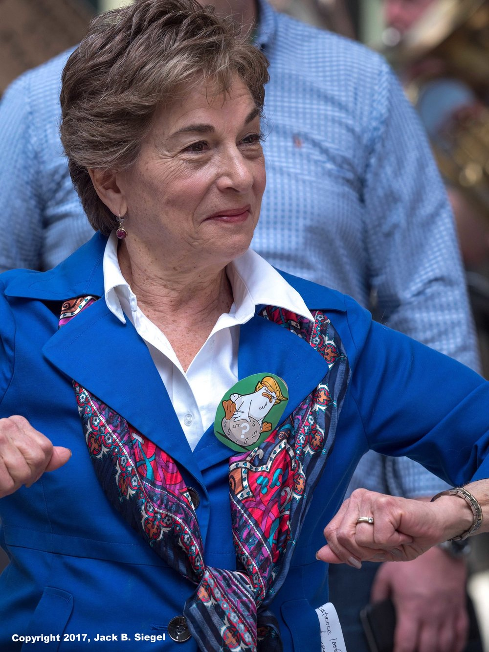 Congresswoman Jan Does the Chicken Dance