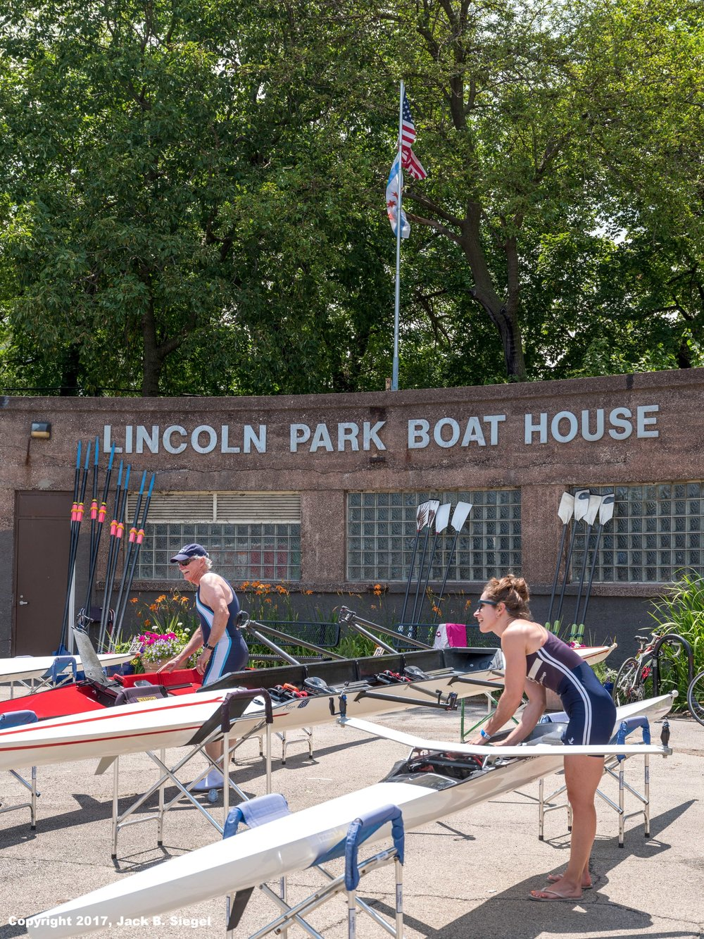 _DSF2342_Copyright_sRGB_Relative_Lincoln Park Boat House.jpg