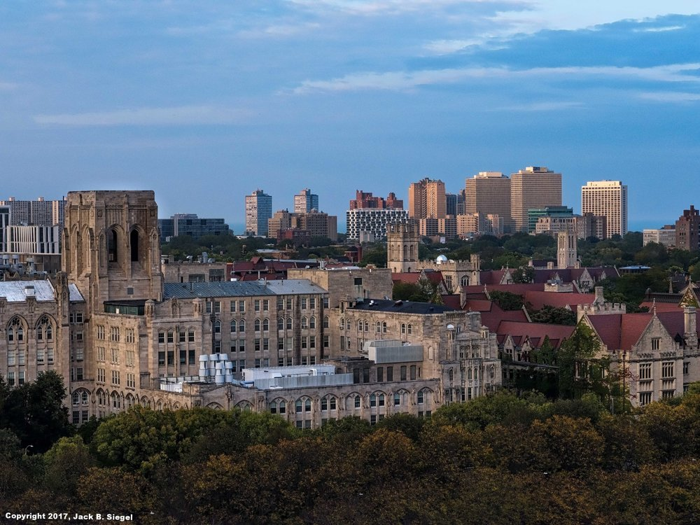 _DSF3173_Copyright_sRGB_Relative_University of Chicago from the Logan Center.jpg