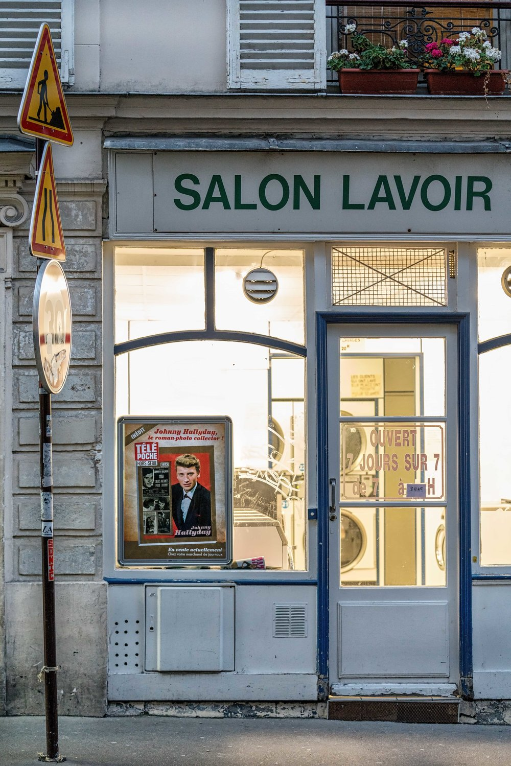 _DSC1293_Copyright_sRGB_Relative_Salon Lavoir.jpg