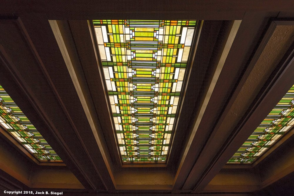_DS11055_Copyright_sRGB_Relative_FLW_Studio Ceiling.jpg