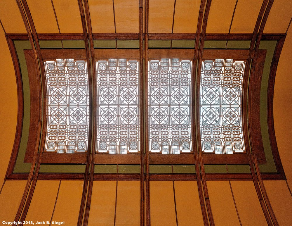 _DS10989_Copyright_sRGB_Relative_FLW_Ceiling.jpg