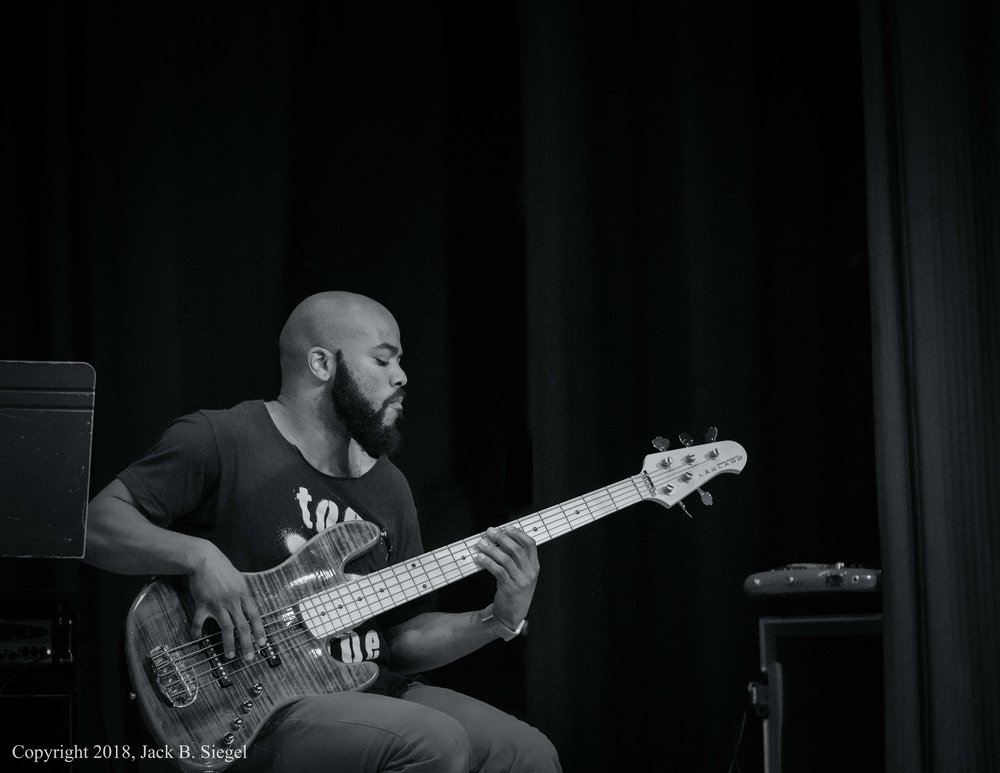 _DS24125PS__Copyright_Funk'in on Bass.jpg