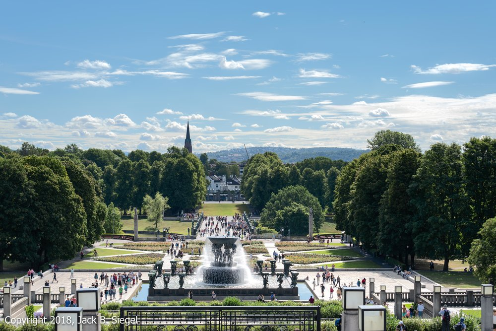 _DS10626PS__Copyright 2018 jpeg_Versailles in Oslo- Vigeland Park.jpg
