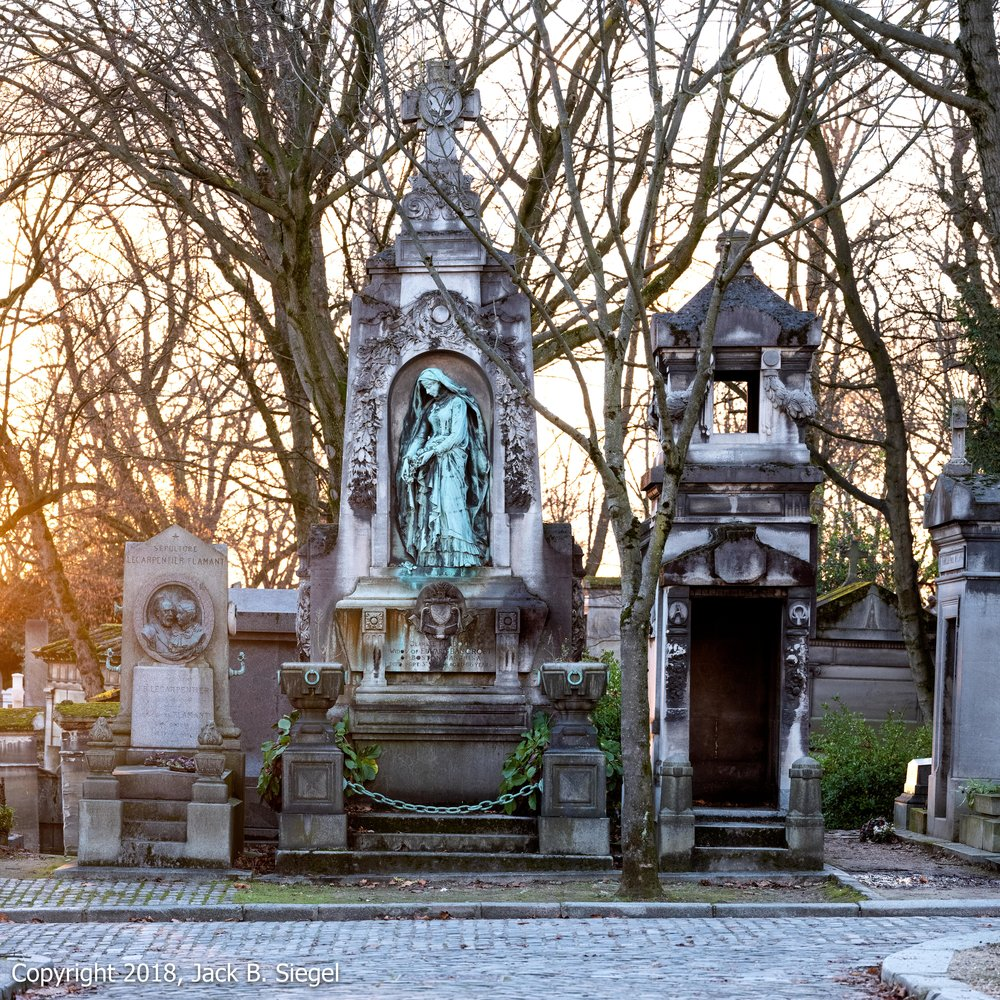 _DSF5675_Copyright 2018 jpeg_Père Lachaise-Complementary.jpg