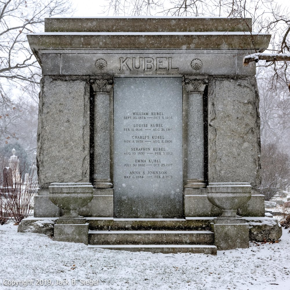 _DSF1522PS__Copyright 2018 jpeg_The Kubel Mausoleum.jpg