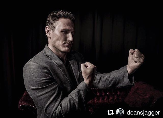 #Repost @deansjagger ・・・ This is me watching tonight's finale of #gameofthrones ~ Yeah us Northerners know how to use these f##kers 😀#got7 #excited #silentscrapper #instagram #instagood Photo credit: @dennydenn @cinematicpix 🌠❤️🌎 . . Photographed with @leicacamerausa SL Typ 601 #leicaSL #leica #leicaphotographer #cinepix