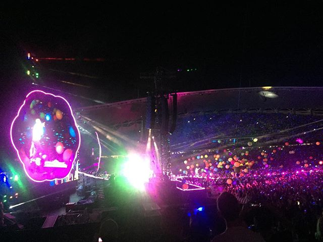 A huge, massive thank you to Chris Martin for personally inviting the entire #50Songsin5Days camp to watch @coldplay play an absolutely incredible show last night, and then inviting us to their official after party. We had a blast! Now onto day 3!  #50songsin5days @apraamcos #songhubs