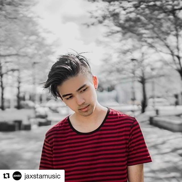 "The incredibly talented @takaperry had a chat with our friends over at @jaxstamusic about life as a writer, producer and artist! Read the full article over at blog.jaxsta.com 🎧 . . #Repost @jaxstamusic with @repostapp ・・・ #HumansofMusic: ""As a songwriter and producer, I've been fortunate enough to work with some awesome people over the course of this year, including some @aria_official  @recordingacademy songwriters."" -@TakaPerry, Songwriter, Producer and Artist. Read what else Taka had to say on our #HumansofMusic blog. #storybehindthemusic #thepowerofmusic #TakaPerry #50songsin5days #songwriter #artist"