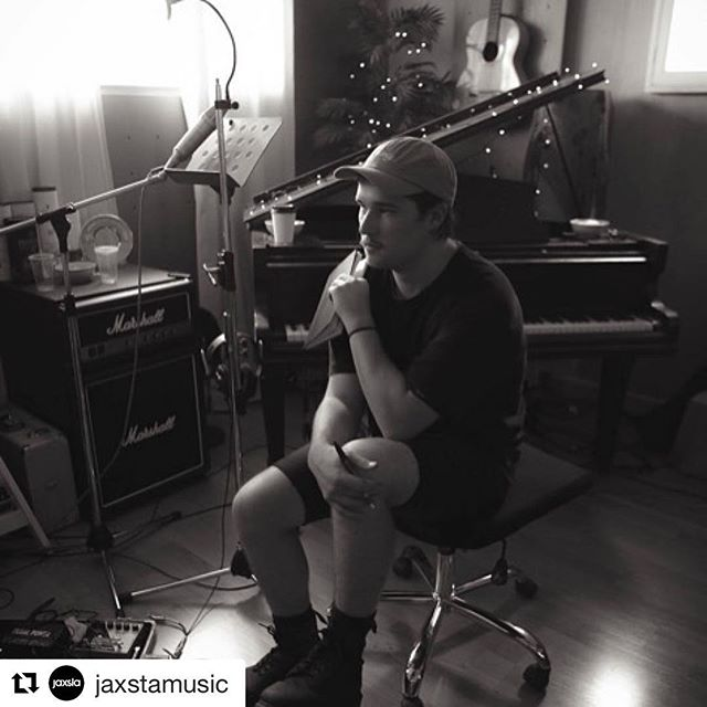 "Victorian-based songwriter @samburtt spoke with the team at @jaxstamusic during his week at the 50 Songs camp last year! Check out the full interview at blog.jaxsta.com 🎧 . #Repost @jaxstamusic with @repostapp ・・・ #HumansofMusic: Whether it's travelling long distances to photograph us at shows, film video clips, mix our live sound and even help us book our shows, we are super honoured that people like that want to support us. They know who they are!"" - @SamBurtt, Songwriter and Vocalist for @ResidualOfficial.  Read the rest of Sam's story on our #HumansofMusic blog.  #storybehindthemusic #thepowerofmusic #Residual #50songin5days #songwriter #vocalist"