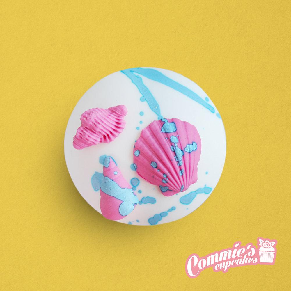 Commie's Cupcakes_Beach.jpg