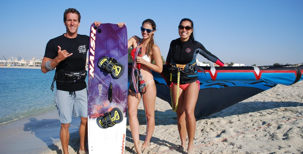 Gorup kitesurfing lesson - beach photo with the girls.JPG