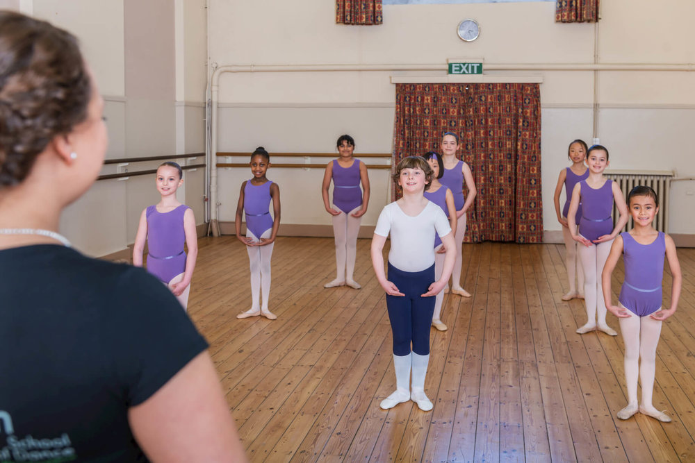 ballet-class-rnsd-principal-watching-pupils-rutleigh-norris-school-of-dance-boy-centre.jpg