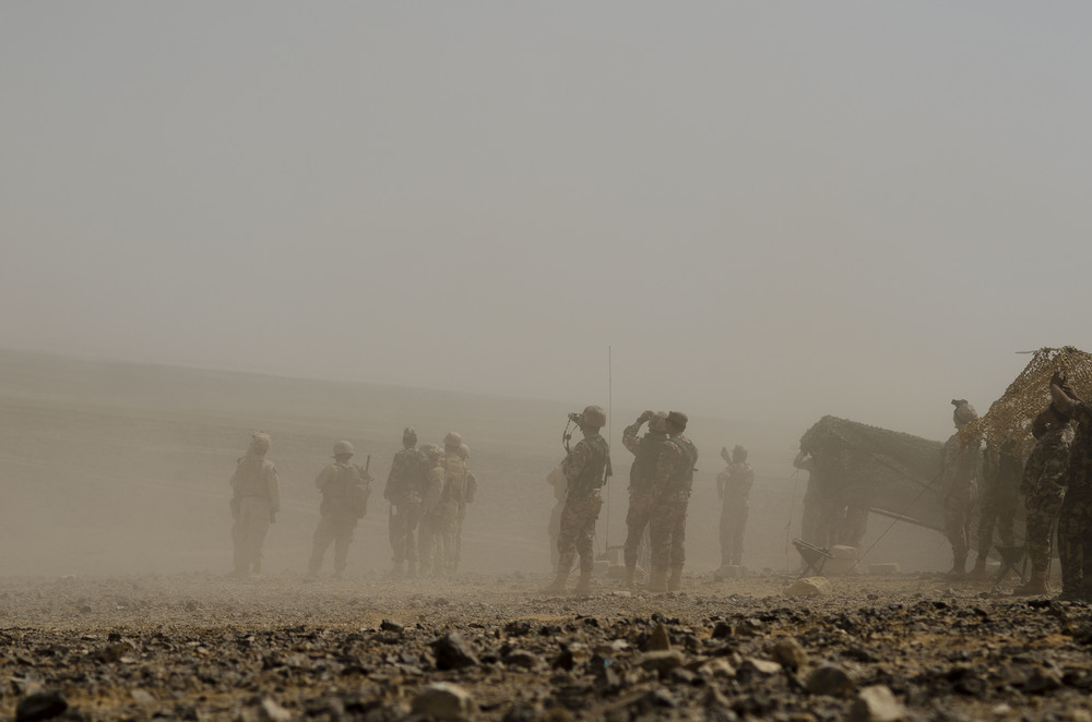 American and Jordanian soldiers gather near Jordan's Wadi Rum desert for the Eager Lion, an annual series of US-led training drills for Middle Eastern militaries.May 2015.