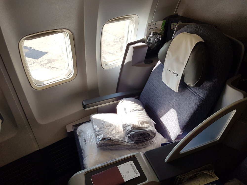 Seat 4F on the B757-200 for United Airlines