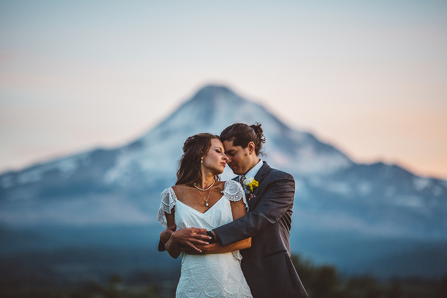Mt-Hood-Organic-Farms-Wedding-Photographs-154.jpg