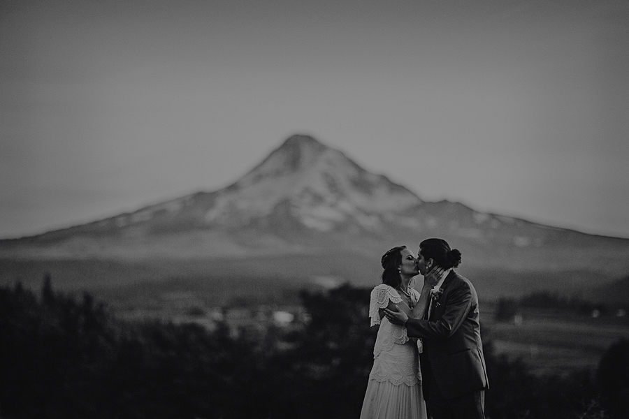Mt-Hood-Organic-Farms-Wedding-Photographs-158.jpg
