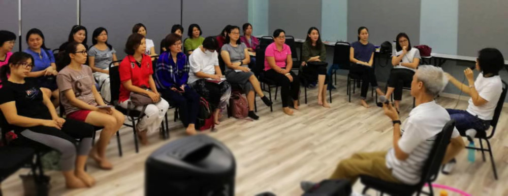 Mindfulness Meditation for Beginners (English with Mandarin translation) at Bandar Seri Damansara in May 2018
