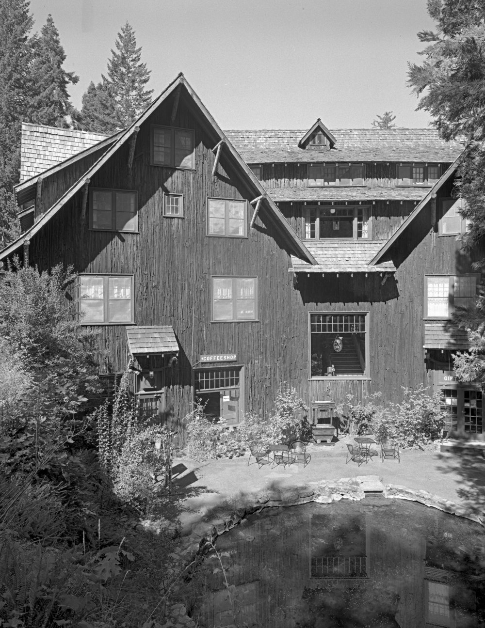 Chateau at the Oregon Caves (1934)