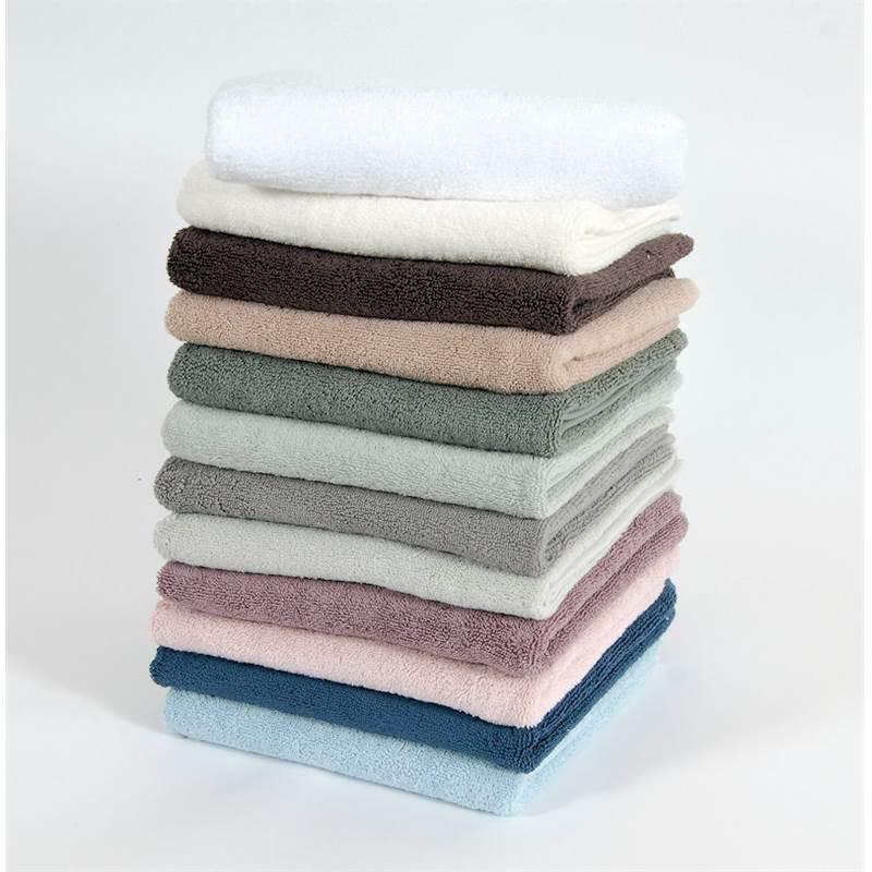 petites serviettes éponges