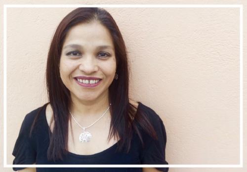Carla Gonzalez Ranero:   Directora Ejecutiva/Executive Director    Email:   carlag@herenciaviva.org