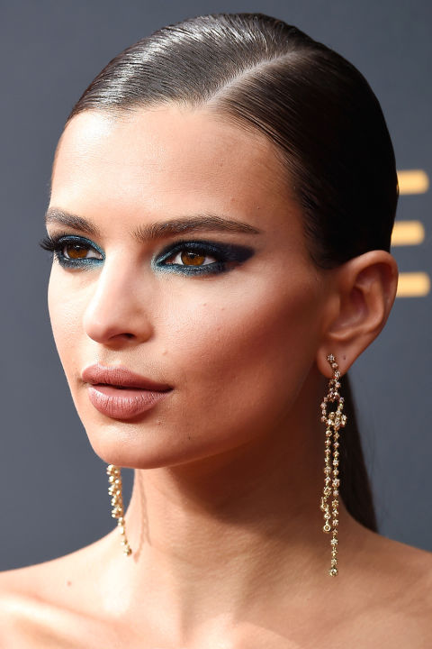 Image courtesy of Harper's Bazaar Magazine. Pictured here is Emily Ratajkowski on the red carpet.