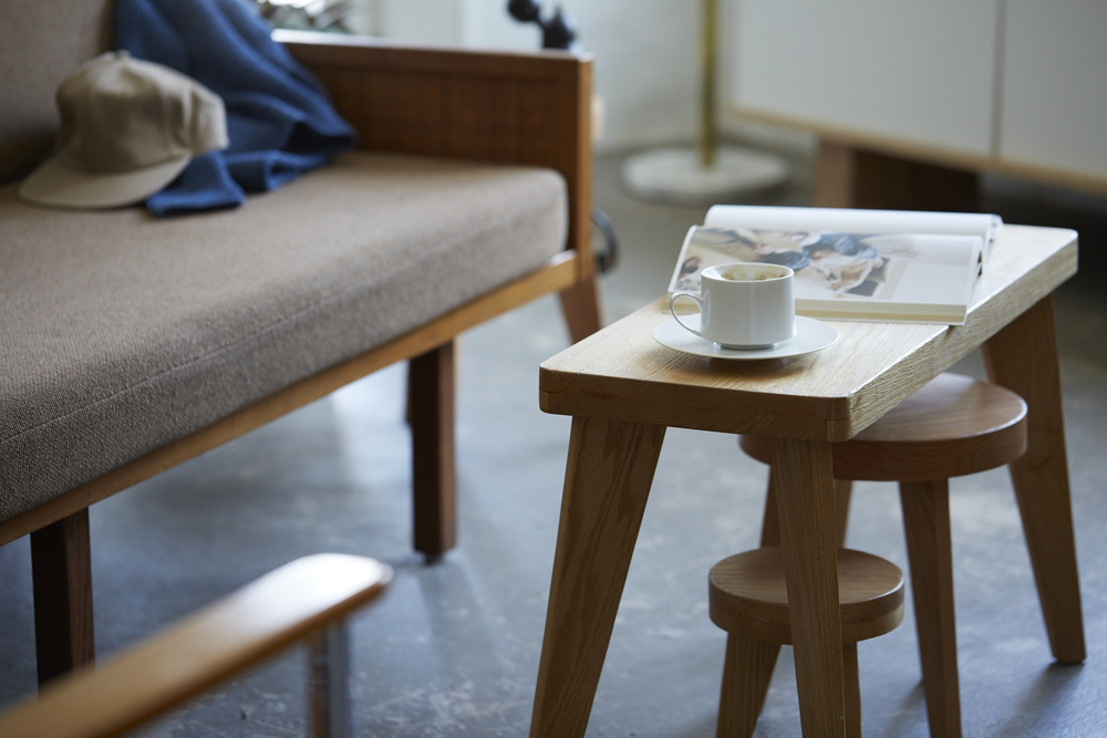 C-S Oak Bench & Stools