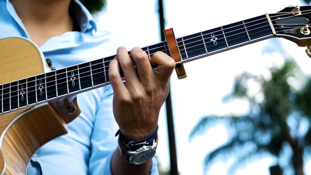 Learn Percussive Fingerstyle - Take your guitar playing to the next level.