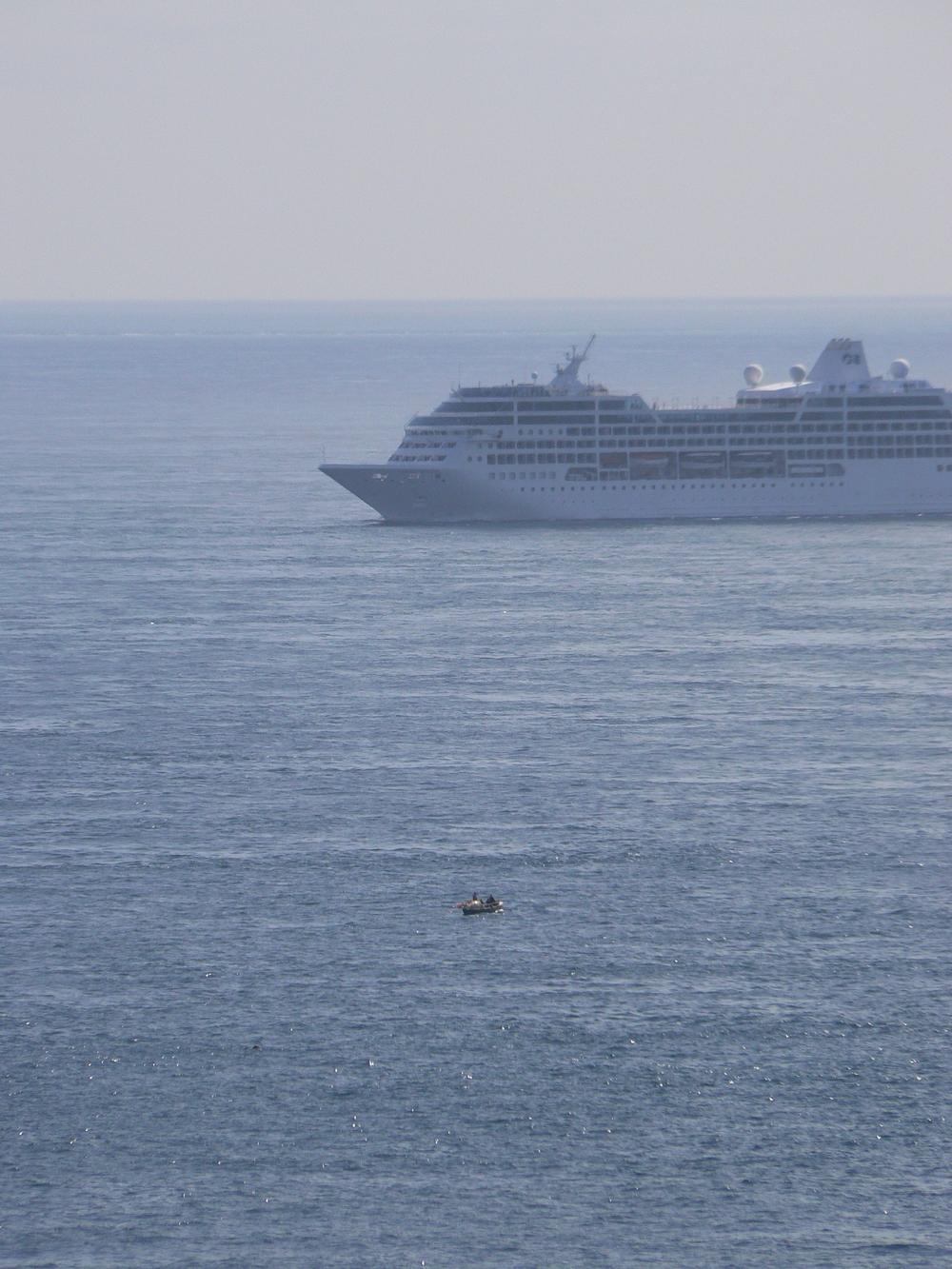 Cruiseliner Off Orkney.JPG