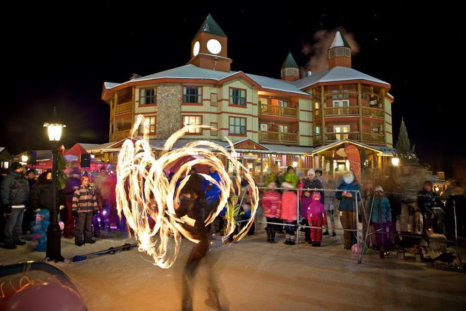 """MONDAY, DECEMBER 31st - New Year's Eve Family Party in the Plaza 
