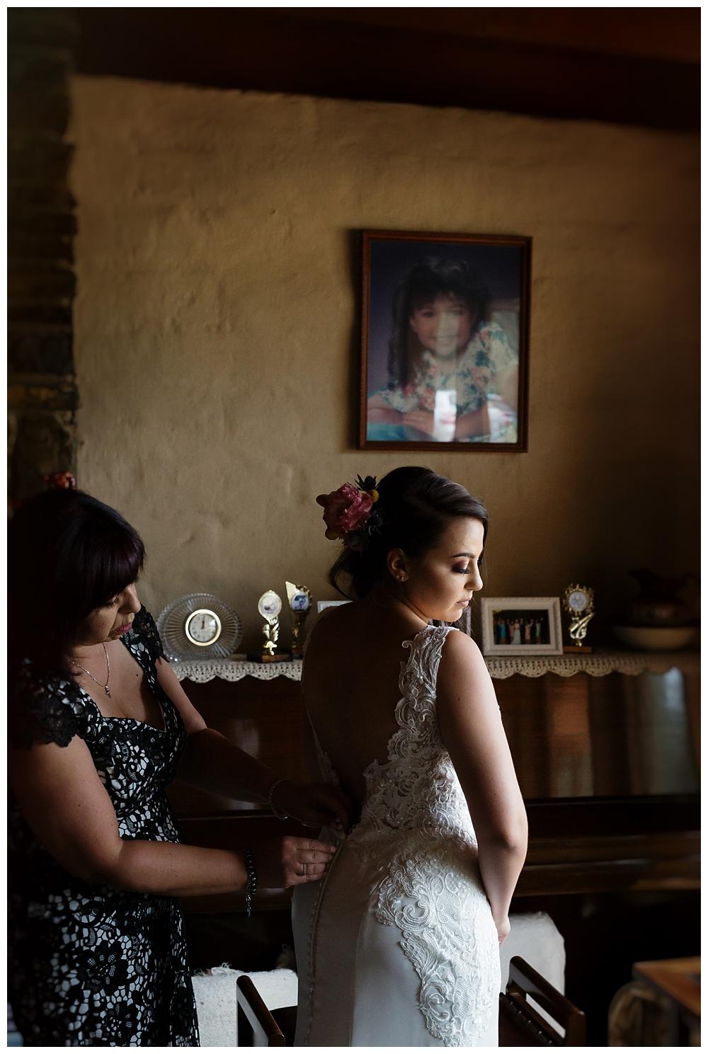 010 Gum Gully Farm Wedding.jpg