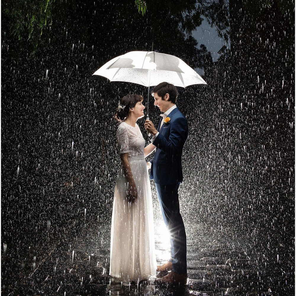 Lauren & Ross - rainy fitzroy wedding