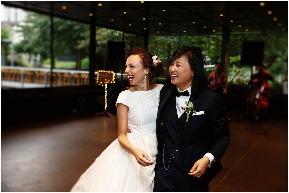 NGV botanical gardens wedding melbourne 083.jpg