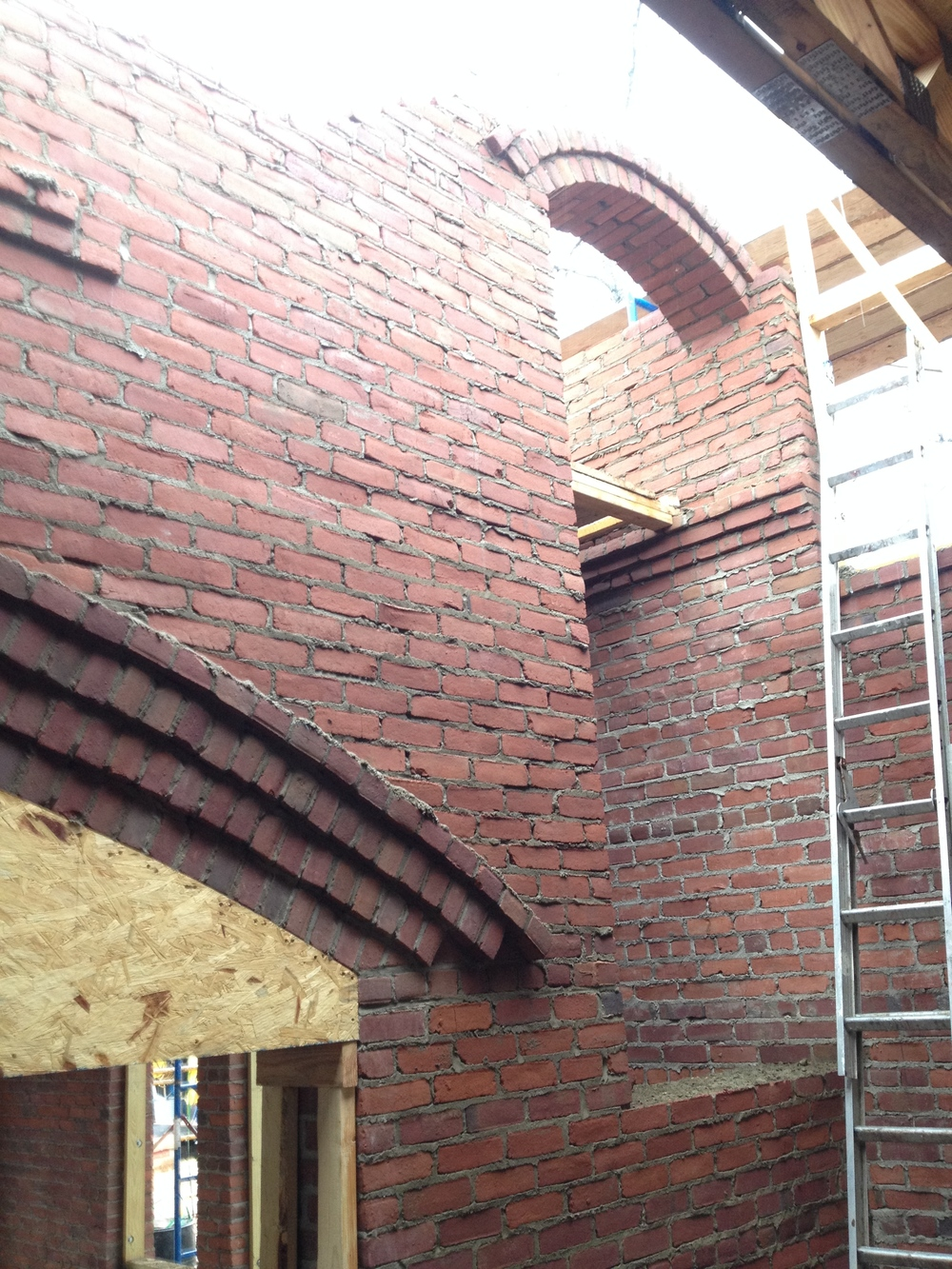 structural masonry, stairwell arch