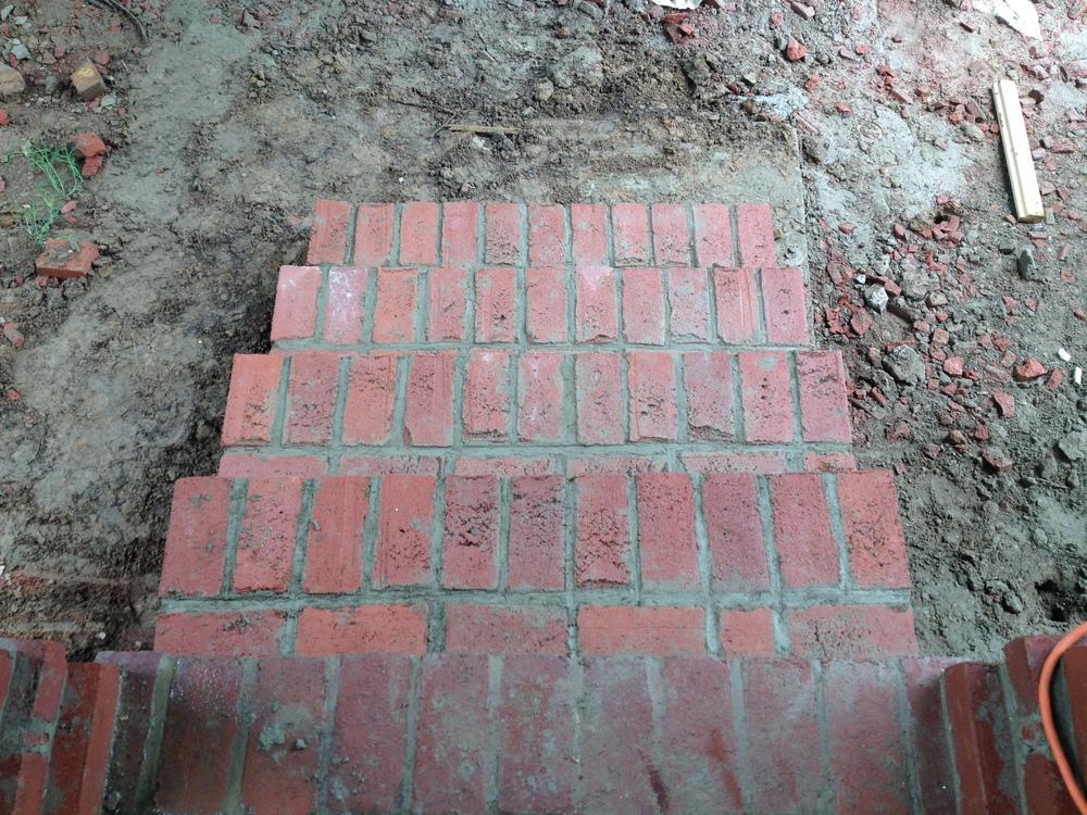 structural masonry, solid brick steps