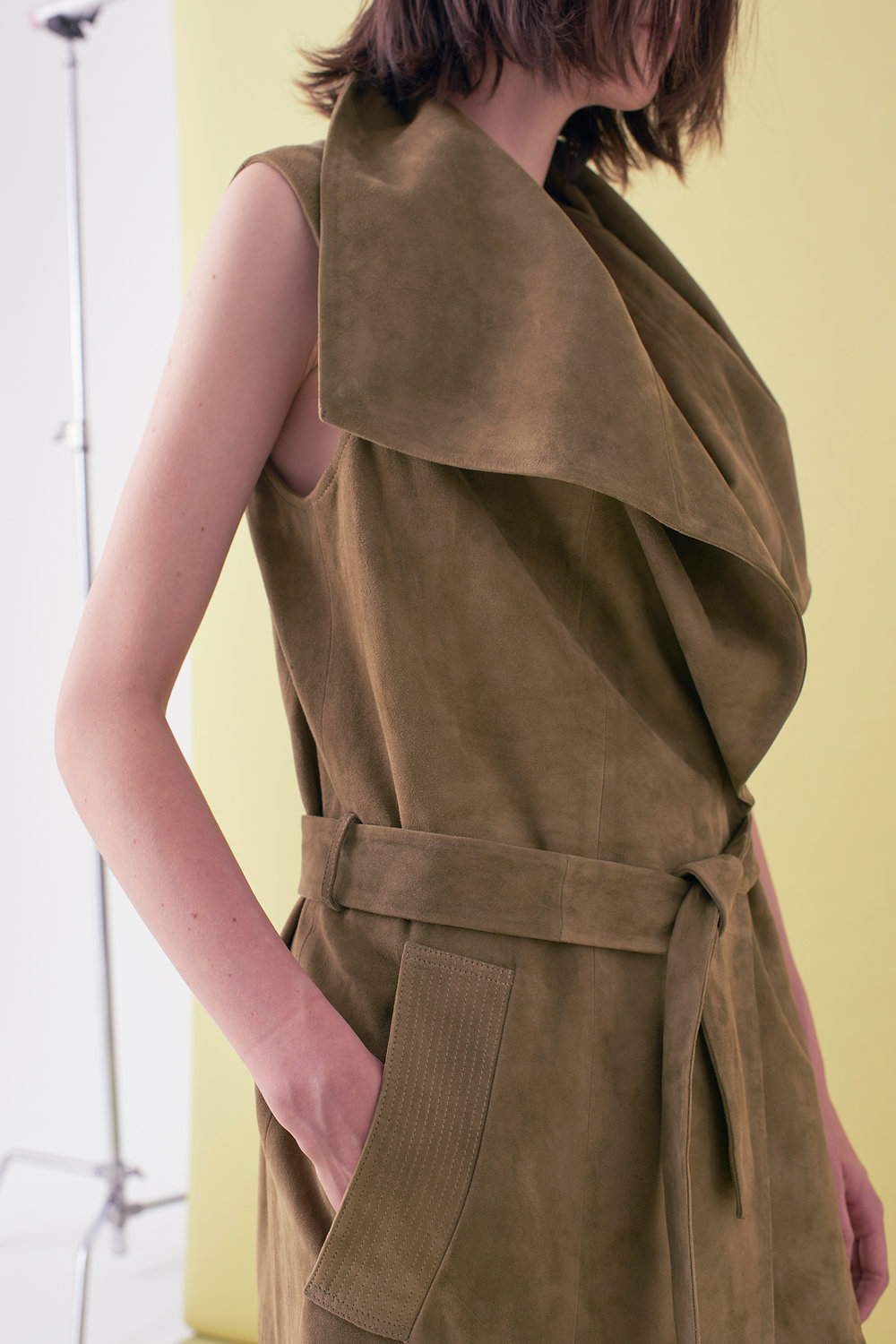 Sarah_Swann_SS17_02_Suede_Sleeveless_Long_Jacket_Olive_D.jpg