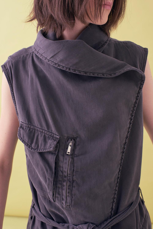 Sarah_Swann_SS17_07_Garment_Dyed_Cotton_Sleeveless_Long_Jacket_Slate_D02.jpg
