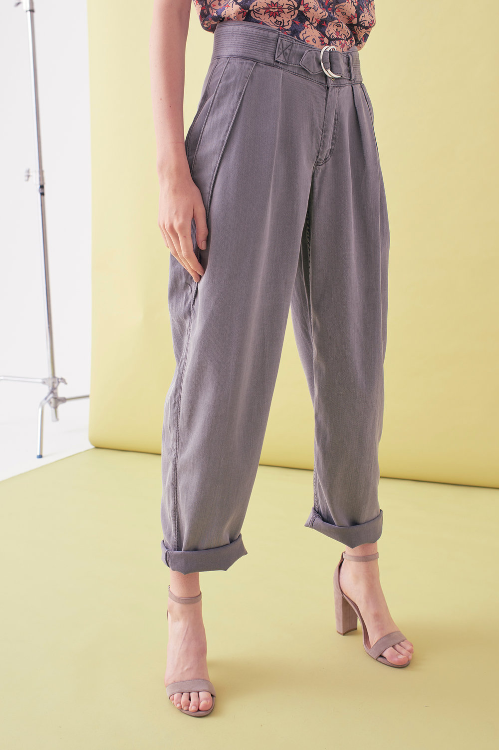 Sarah_Swann_SS17_24_Garment_Dyed_Cotton_Long_Tapered_Trouser_Pewter_F01.jpg