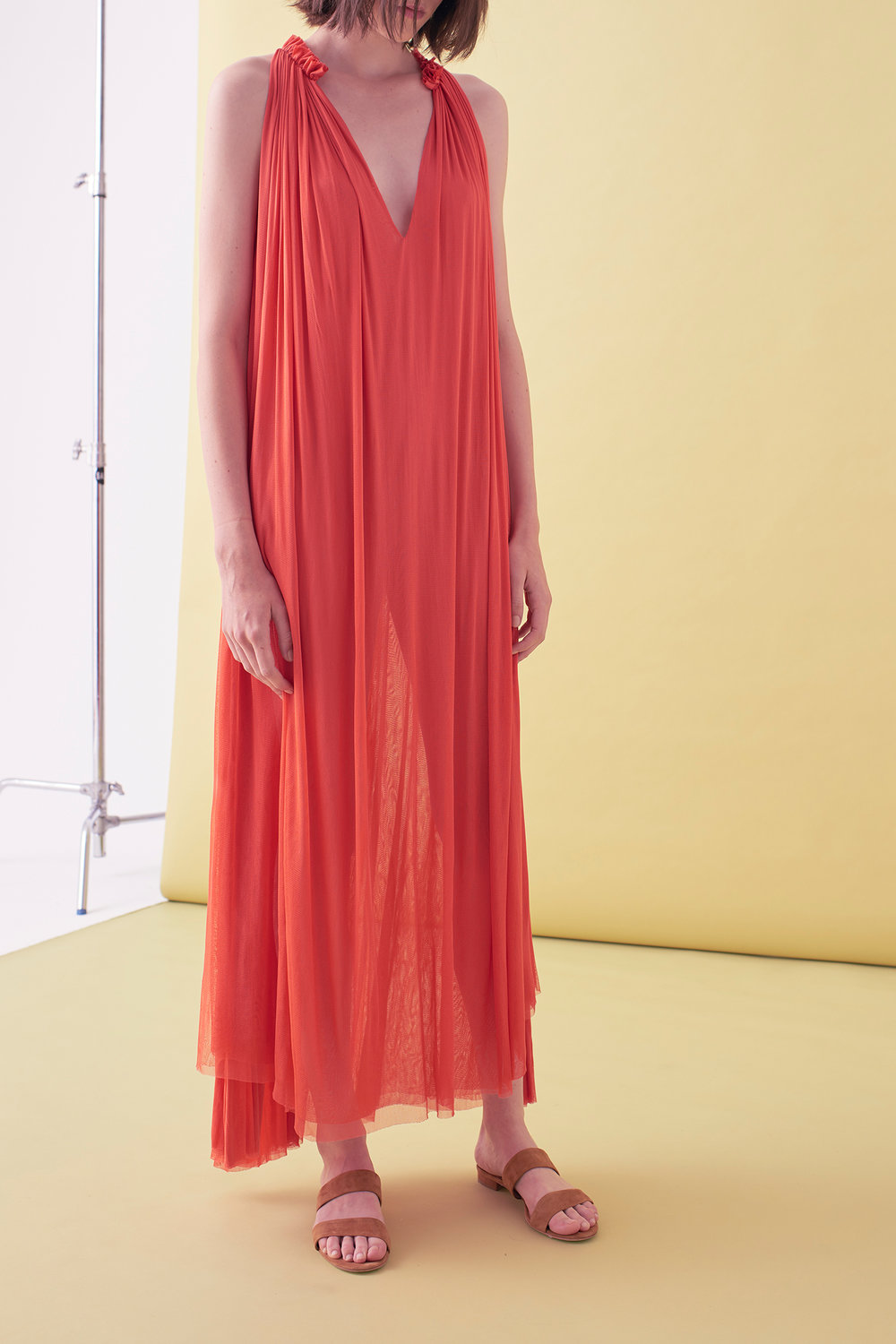 Sarah_Swann_SS17_02_Silk_Mesh_Step_Front_Dress_Coral_F.jpg