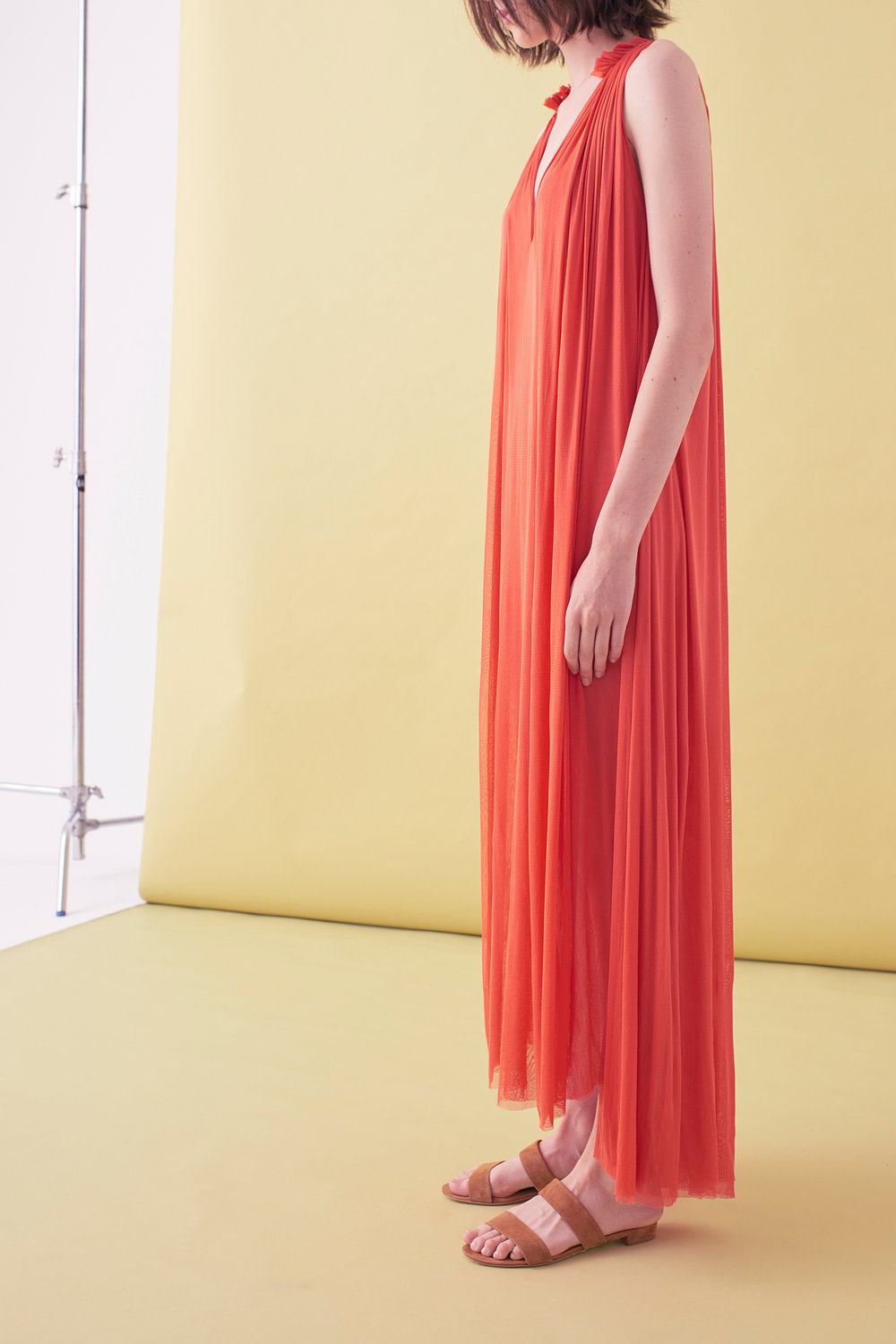 Sarah_Swann_SS17_02_Silk_Mesh_Step_Front_Dress_Coral_S.jpg