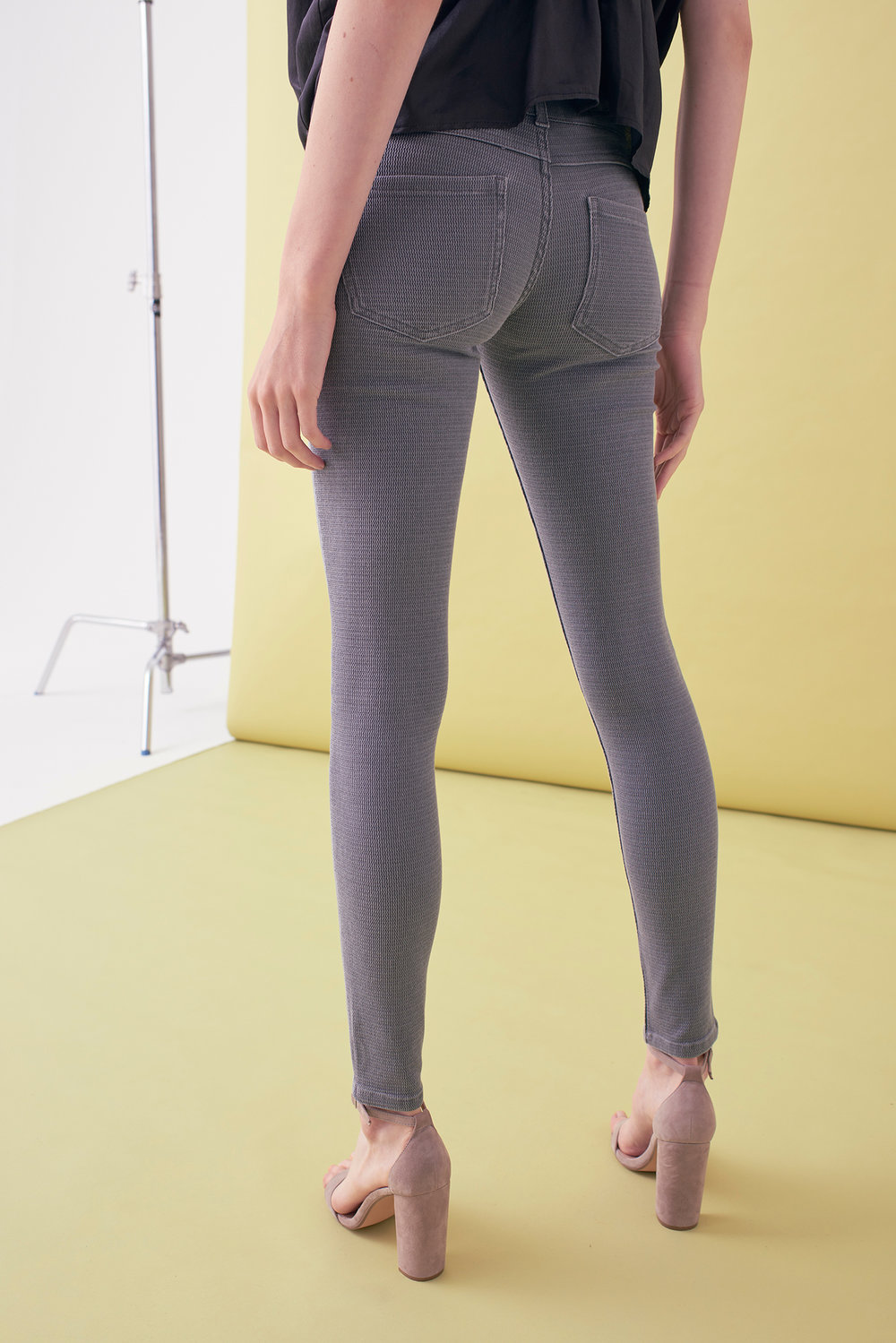 Sarah_Swann_SS17_09_Textured_Stretch_Cotton_Skinny_Trouser_Pewter_B.jpg