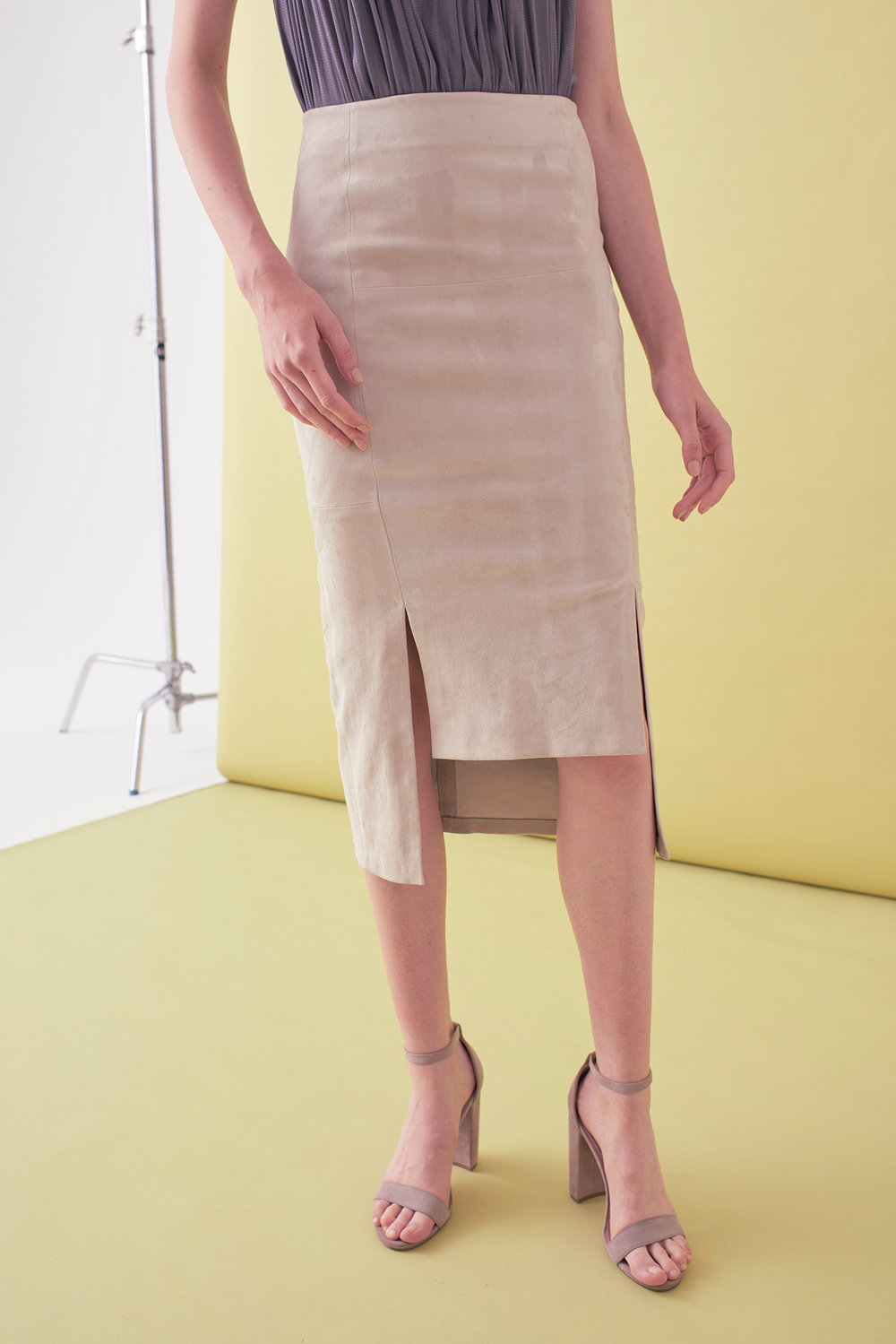 Sarah_Swann_SS17_33_Stretch_Suede_Step_Front_Skirt_Bone_F.jpg