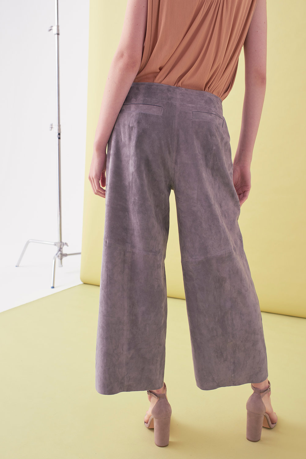 Sarah_Swann_SS17_37_Suede_Cropped_Wide_Leg_Trouser_Pewter_B.jpg