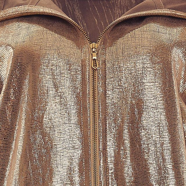 Who knew you could print this level of shine on Suede!! ✨✨✨ #lovemetallics ✨✨✨ Check out www.sarahswann.com ➖➖➖➖➖➖➖➖➖➖➖➖➖➖➖➖ #fashion #ootd #fashionpost #fashionista #photographer #fashionphotographer #moda #newyork #SS18 #styling #stylish #blogger #style #nyc #design #designer #shopping #shop