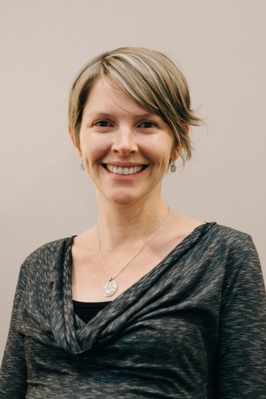 Dr. Fiona Enkelmann -Narayani Wellness