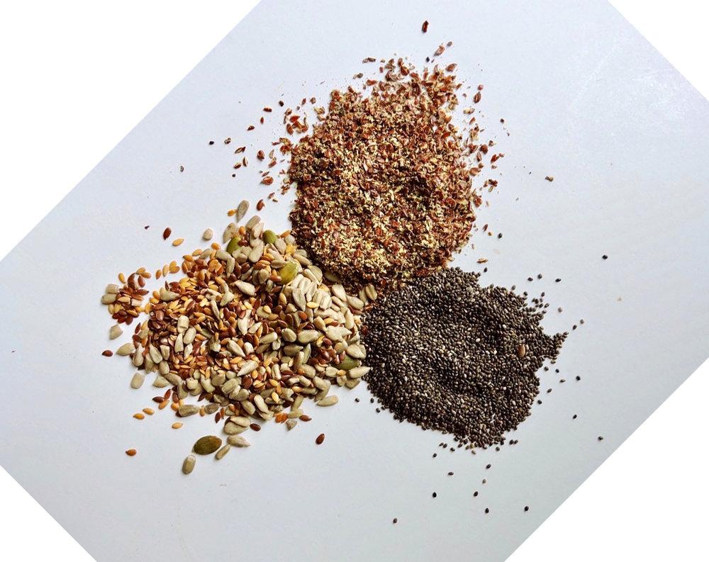 superfoods-chia-flaxseeds.jpg