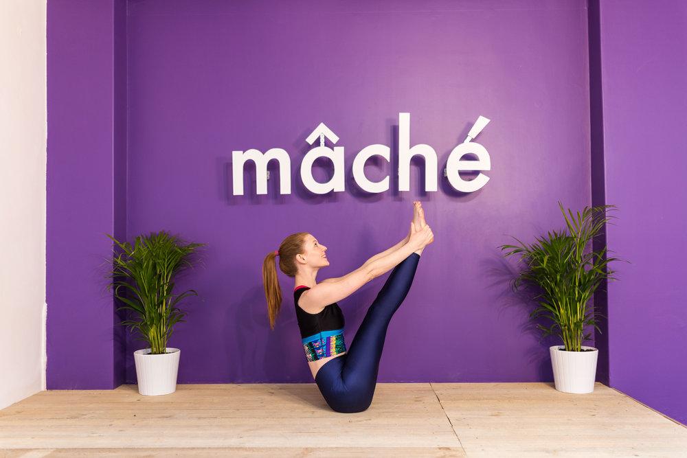 yoga mâché