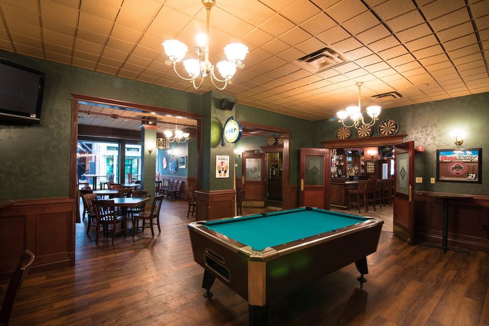 Flannery's Pub-7.jpg