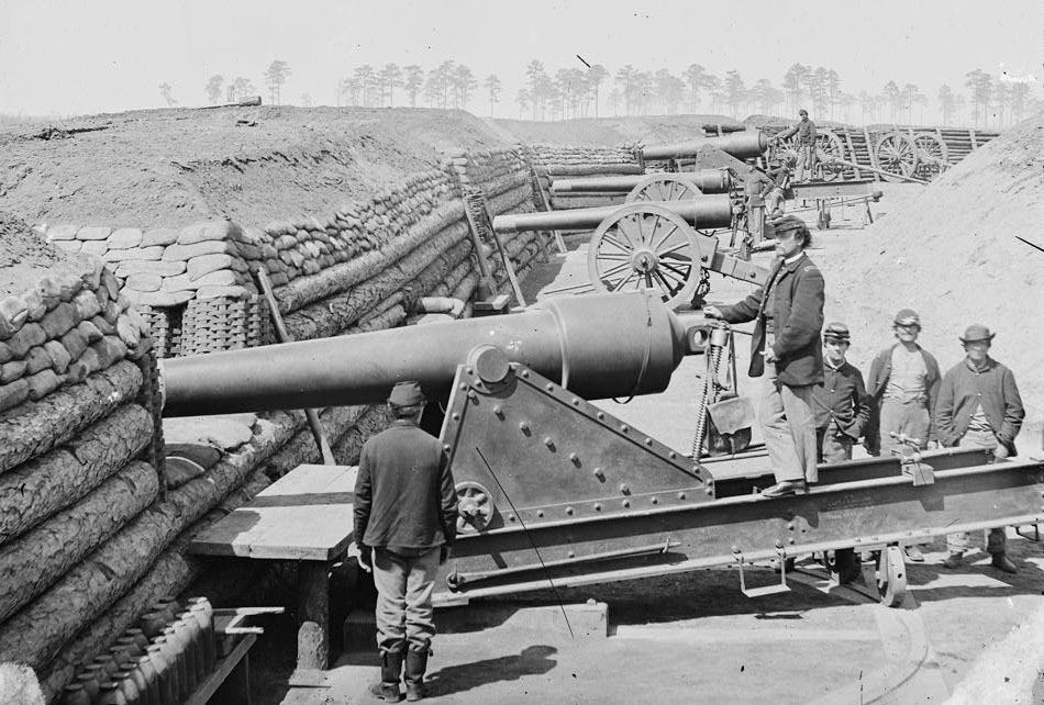 100-pound parrott guns in petersburg. wikimedia photo