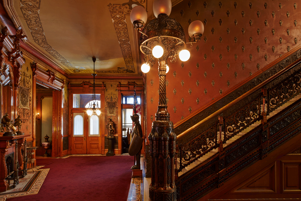 INTERIOR OF THE BREWMASTER'S CASTLE. HEURICHHOUSE.ORG PHOTO